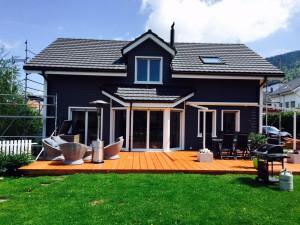 Rénovation complète avant, toit, ponçage des lames sur la façade et peinture trois couches de finition